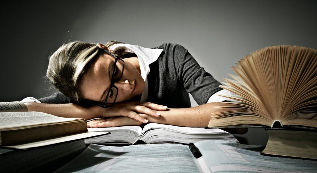 با ۱۰ راه ساده بر استرس ناشی از امتحان غلبه کنید!!!!!!!!!